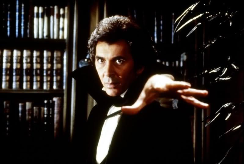 Frank-Langella-Dracula1