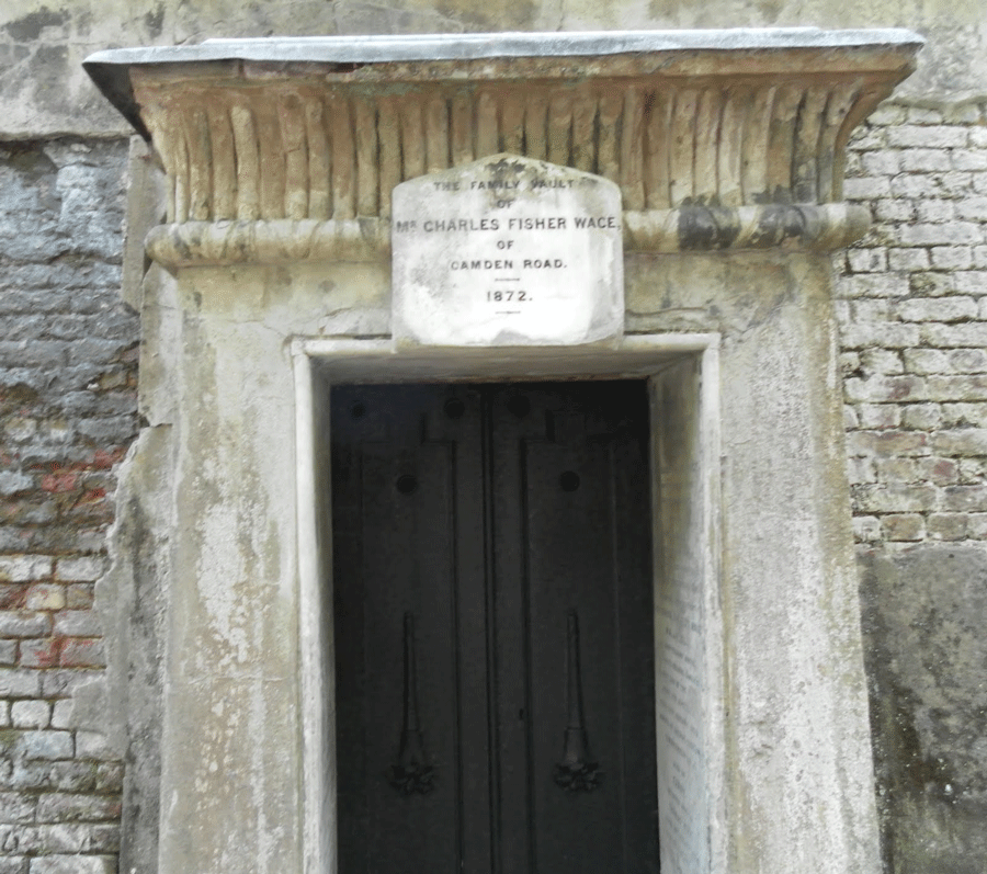 Wace-Tomb2a